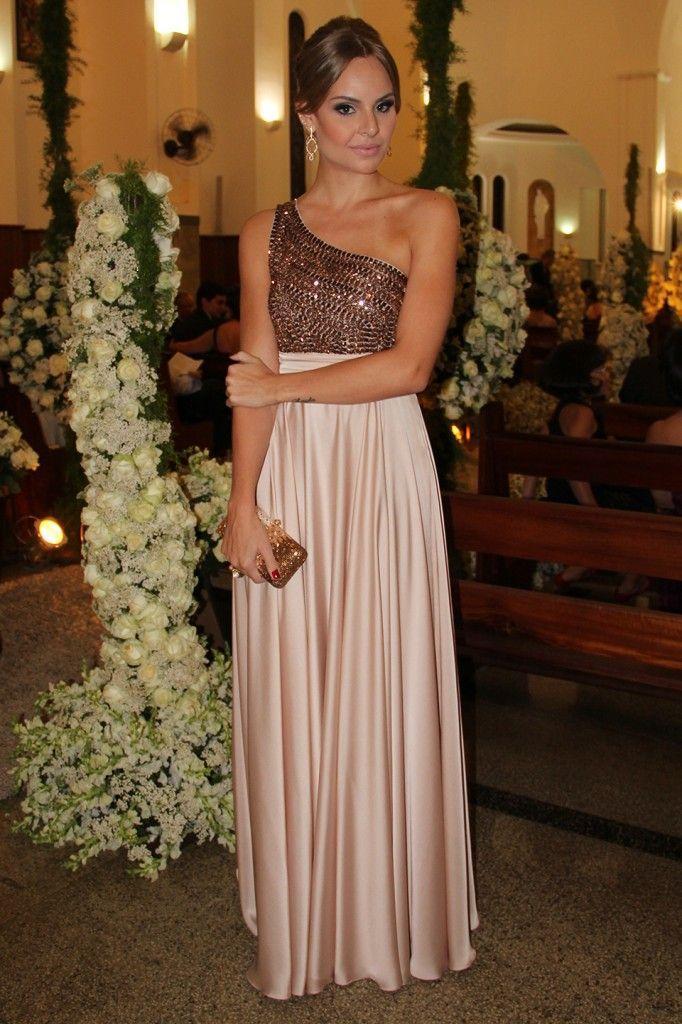 "Foto: Reprodução / <a href=""http://laylamonteiro.com/look-casamento-nabilla-anderson/"" target=""_blank"">Layla Monteiro</a>"