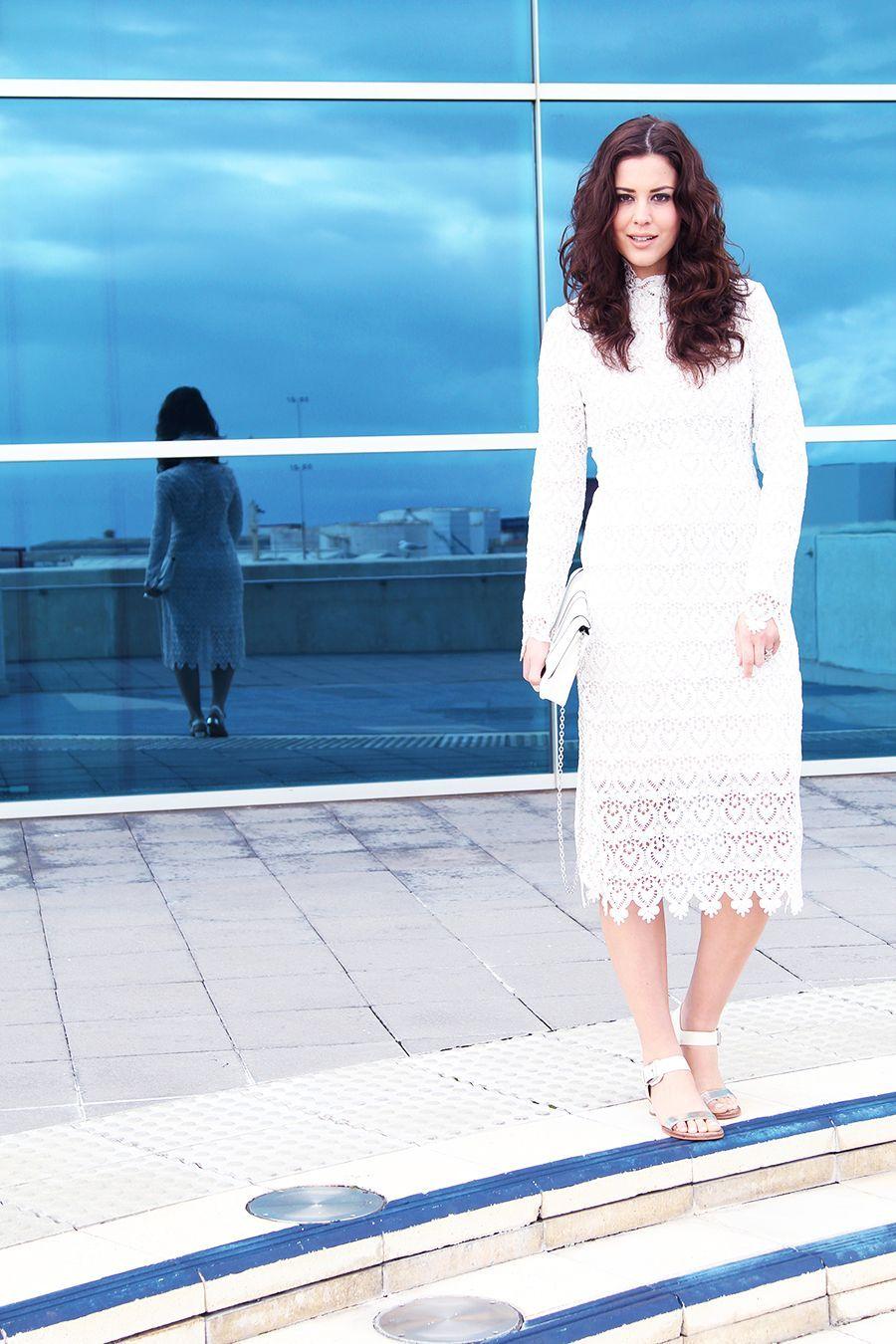 "Foto: Reprodução / <a href=""http://www.fashioncontainer.com/lace-dress/"" target=""_blank"">Fashion Container</a>"