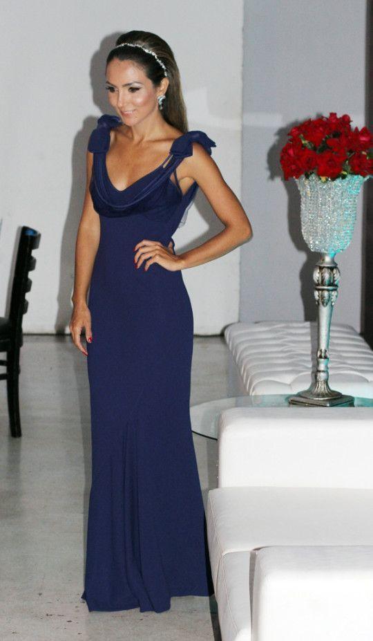 """Foto: Reprodução / <a href=""""http://www.lalanoleto.com.br/2013/look-do-dia-vestido-longo-para-casamento/"""" target=""""_blank"""">Lalá Noleto</a>"""