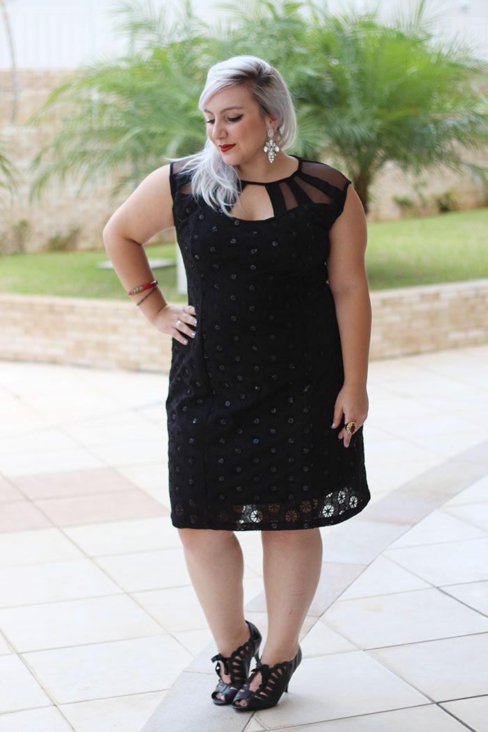 """Foto: Reprodução / <a href=""""http://juromano.com/looks/vestido-de-festa-plus-size-para-convidadas"""" target=""""_blank"""">Ju Romano</a>"""
