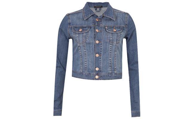 "<p>Jaqueta Jeans FiveBlu Classic Azul por R$149,90 na <a href=""http://bit.ly/189Hqr0"" target=""blank_"">Dafiti</a></p>"