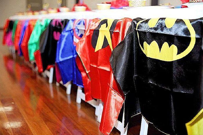 "Foto: Reprodução / <a href=""http://www.karaspartyideas.com/2015/12/nirvaans-superhero-birthday-party.html"" target=""_blank"">Kara's party ideas</a>"
