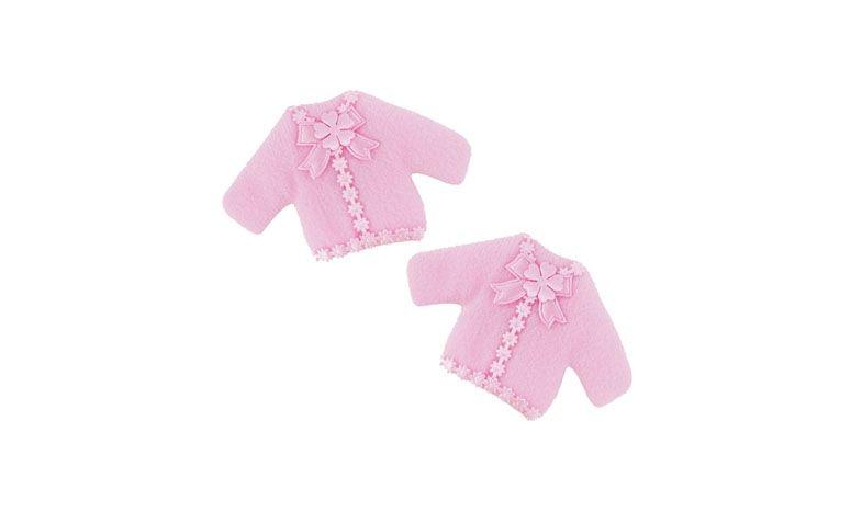 """Ímã de blusinha de feltro (10 unidades) por R$12,90 na <a href=""""http://www.vemfestejar.com/p/44041/lembrancinha+de+maternidade+e+cha+de+bebe+ima+blusinha+feltro+rosa+c/+10+unidades"""" target=""""blank_"""">Vem Festejar</a>"""