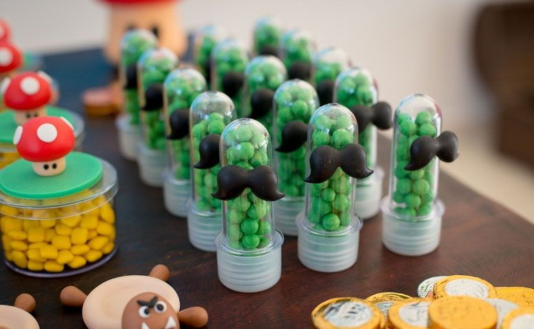 "Mini tubete para doces por R$ 3,20 no <a href=""http://www.elo7.com.br/mini-tubete/dp/5B7DA5"" target=""_blank"">Elo7</a>"
