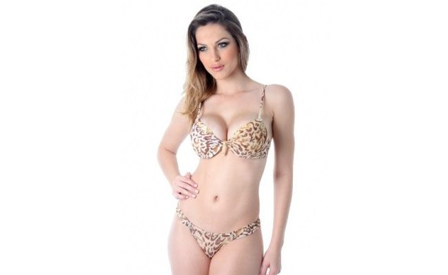 "Conjunto Bolha tule Suiço Charmousse por R$125 na <a href=""http://www.aimeshop.com.br"" target=""blank"">Aime Shop</a>"