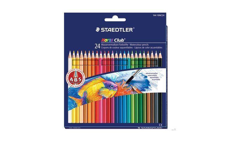 """Lápis com 24 cores Staedtler por R$23,90 na <a href=""""http://www.papelariauniversitaria.com.br/produtos/lapis-de-cor-noris-club-24-cores-144-10nc24-staedtler.htm"""" target=""""_blank"""">Papelaria Universitária</a>"""