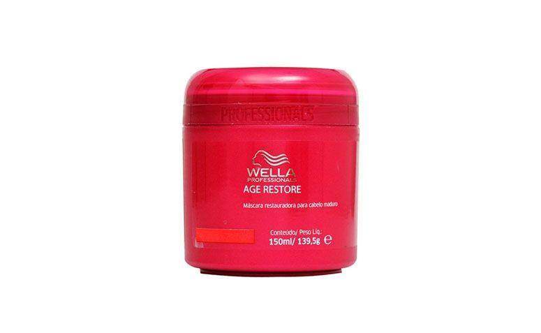 """Máscara restauradora Wella Professionals por R$71,90 na <a href=""""http://www.belezanaweb.com.br/wella-professionals/wella-professionals-age-restore-mascara--tratamento-150ml/#"""" target=""""_blank"""">Beleza na Web</a>"""
