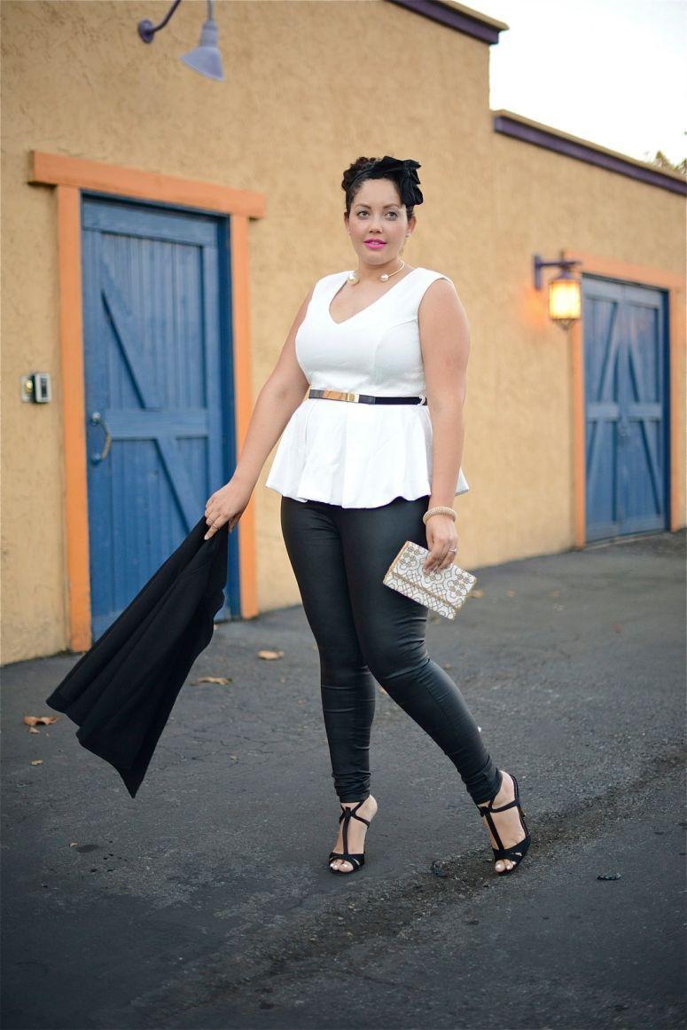 "Foto: Reprodução / <a href=""http://girlwithcurves.com/post/103017741057/festive"" target=""_blank"">Girl with curves</a>"