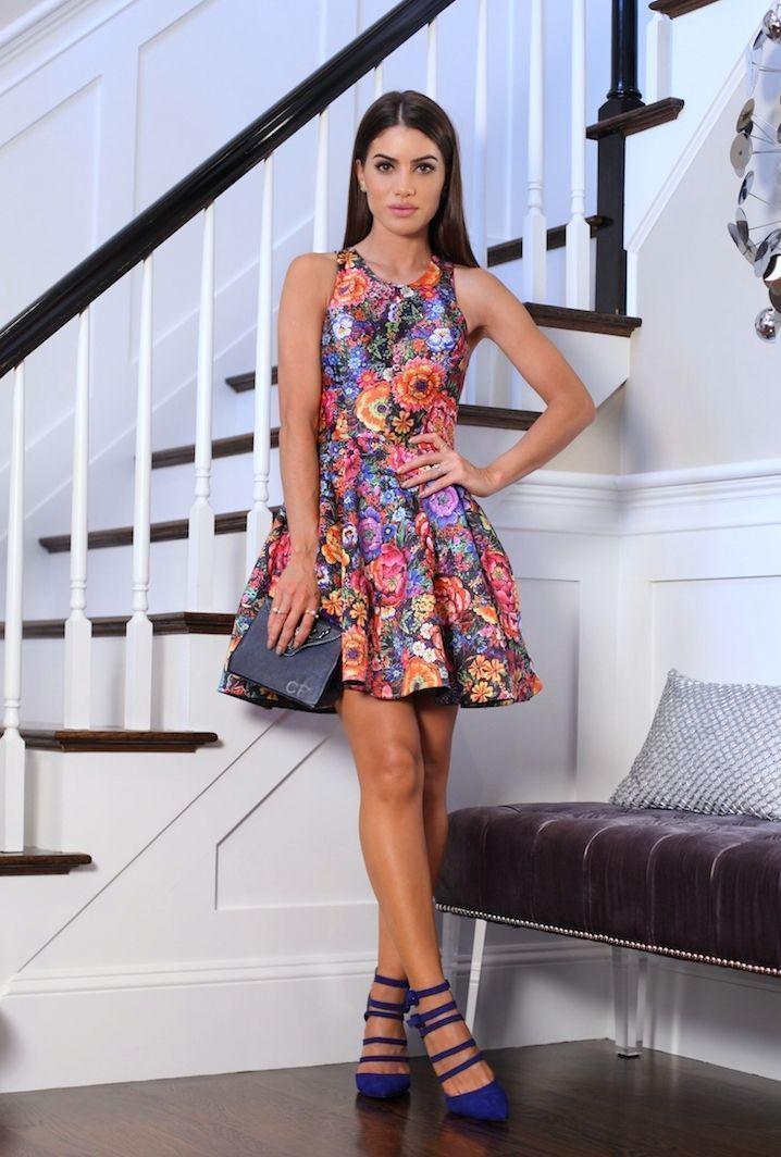 """Foto: Reprodução / <a href=""""http://camilacoelho.com/2015/08/25/look-do-dia-floral-vibe/"""" target=""""_blank"""">Camila Coelho</a>"""