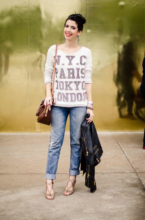 """Foto: Reprodução / <a href=""""http://www.garotasestupidas.com/look-do-dia-moletom-no-spfw/"""" target=""""_blank"""">Garotas Estúpidas</a>"""
