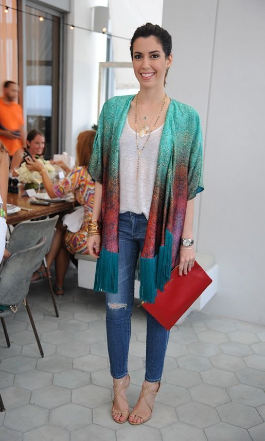 """Foto: Reprodução / <a href=""""http://www.garotasestupidas.com/look-do-dia-jeans-e-estampa-2/"""" target=""""_blank"""">Garotas Estúpidas</a>"""
