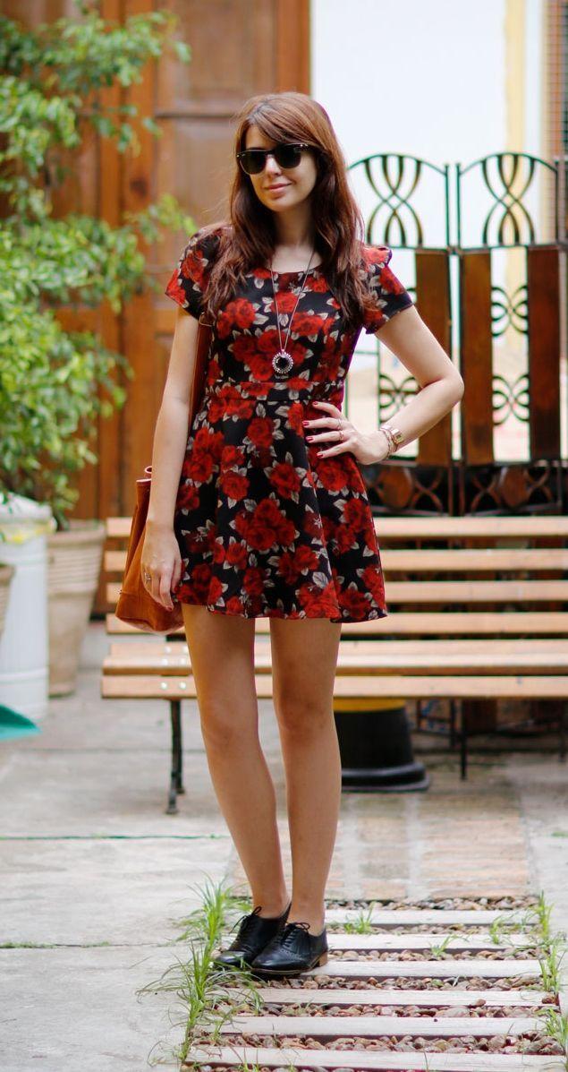 """Foto: Reprodução / <a href=""""http://www.justlia.com.br/2014/11/look-do-dia-vestido-e-oxford/"""" target=""""_blank"""">Just Lia</a>"""