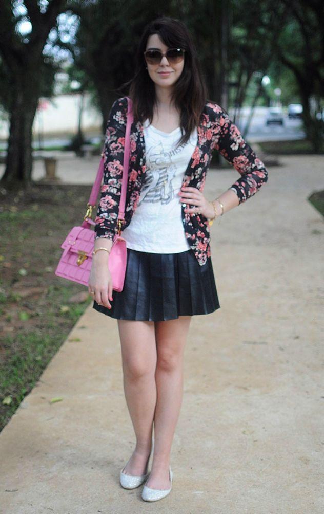 """Foto: Reprodução / <a href=""""http://www.justlia.com.br/2013/01/look-do-dia-cardiga-floral-e-bruna-vieira/"""" target=""""_blank"""">Just Lia</a>"""