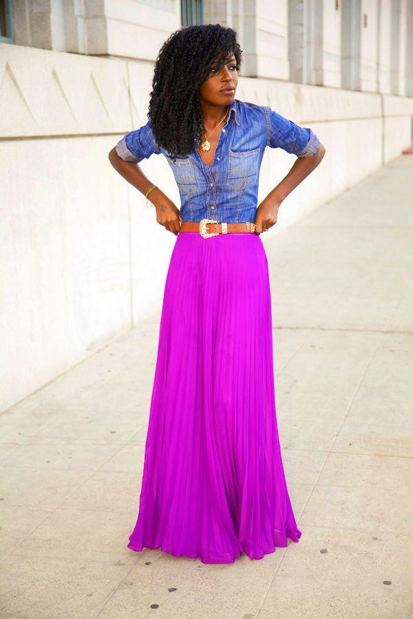 "Foto: Reprodução / <a href=""http://stylepantry.com/2013/11/15/fitted-denim-shirt-pleated-maxi-skirt/"" target=""_blank"">Style Pantry</a>"
