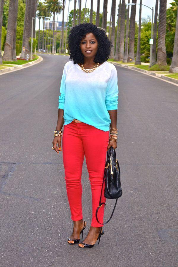 "Foto: Reprodução / <a href=""http://stylepantry.com/2012/07/04/patriotic-outfit-red-skinny-jeans-white-blue-ombre-top/"" target=""_blank"">Style Pantry</a>"