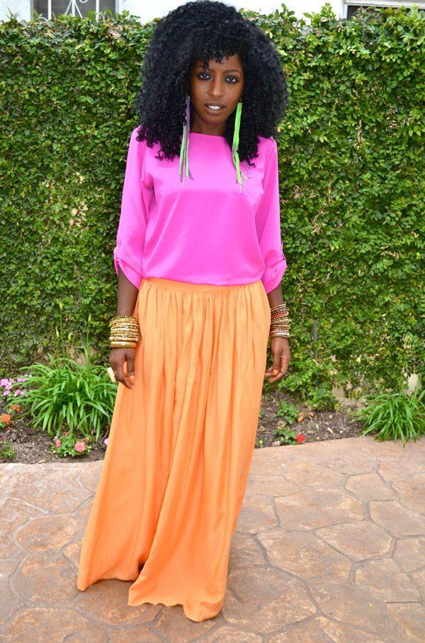 "Foto: Reprodução / <a href=""http://stylepantry.com/2011/05/17/neon-pink-silk-blouse-neon-orange-maxi-skirt/"" target=""_blank"">Style Pantry</a>"