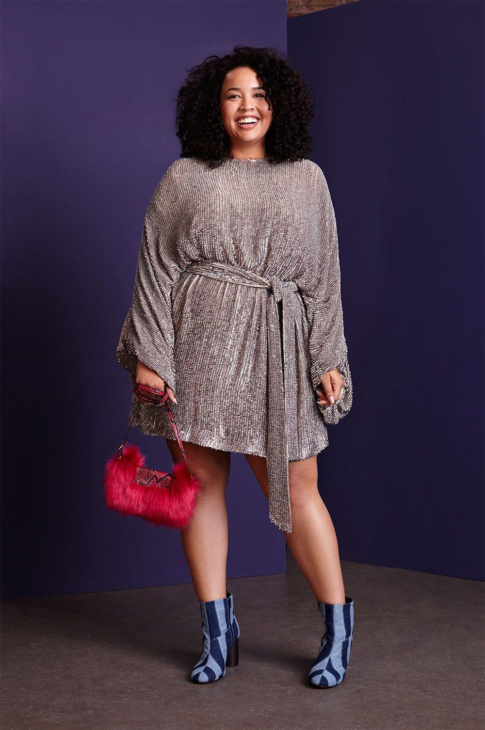 """Foto: Reprodução / <a href=""""http://juromano.com/moda/roupas-plus-size-fashion-gabi-gregg-posa-para-nova-linha-bafo-da-asos-curve"""" target=""""_blank"""">Ju Romano</a>"""