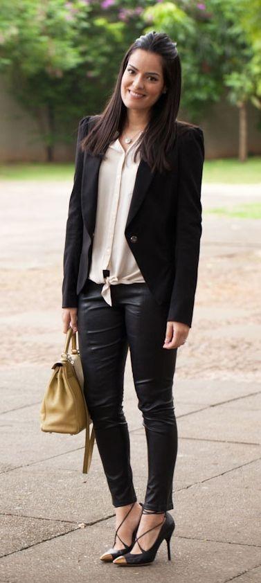 """Foto: Reprodução / <a href=""""http://www.blogdamariah.com.br/index.php/2012/05/look-do-dia-revista-rg/"""" target=""""_blank"""">Mariah Bernardes</a>"""