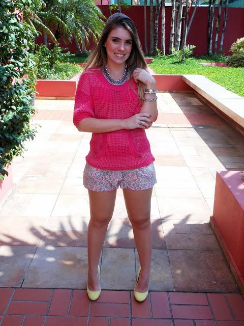 """Foto: Reprodução / <a href="""" http://www.bloglola.com.br/2013/01/look-do-dia-trico-pink.html"""" target=""""_blank"""">Blog Lola</a>"""