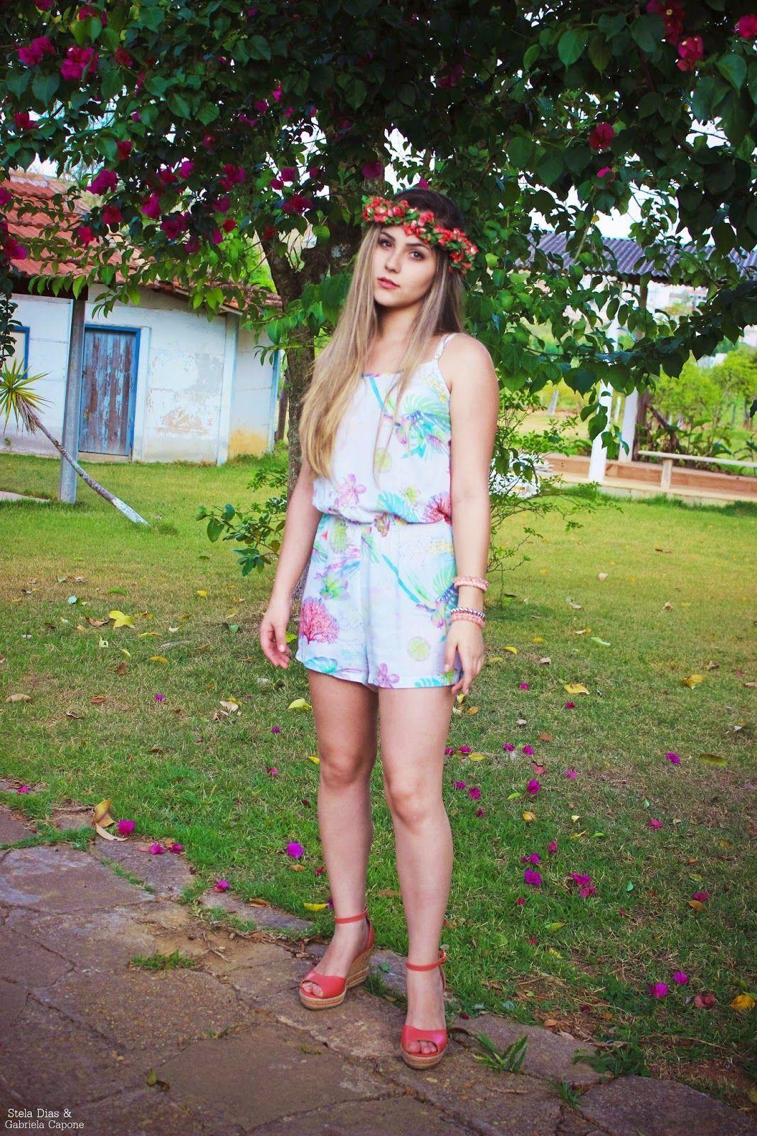 """Foto: Reprodução / <a href="""" http://www.gabrielacravoecanela.net/2014/10/look-macaquinho-espadrille.html"""" target=""""_blank"""">Gabriela Cravo e Canela</a>"""