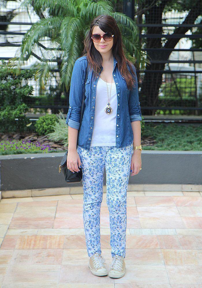 """Foto: Reprodução / <a href=""""http://www.justlia.com.br/2013/01/look-do-dia-estampa-de-azulejo-portugues/"""" target=""""_blank"""">Just Lia</a>"""
