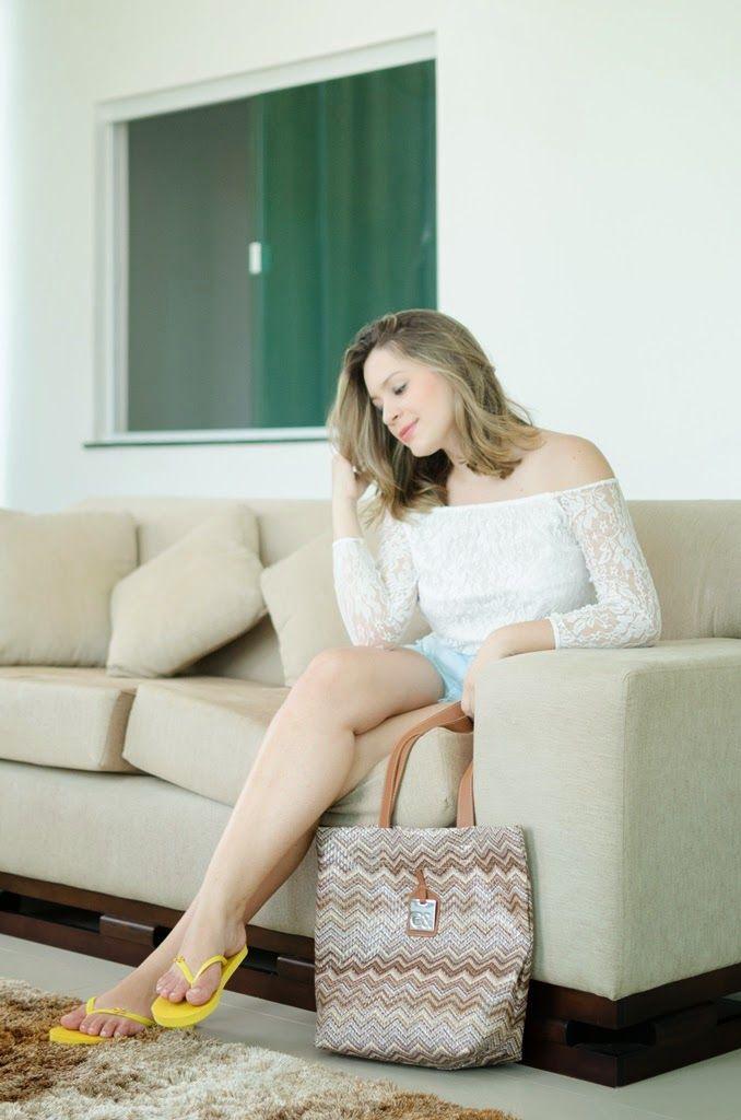 """Foto: Reprodução / <a href=""""http://www.byemilyferreira.com/2015/04/look-do-dia-chinelinho.html"""" target=""""_blank"""">Blog Emily Ferreira</a>"""