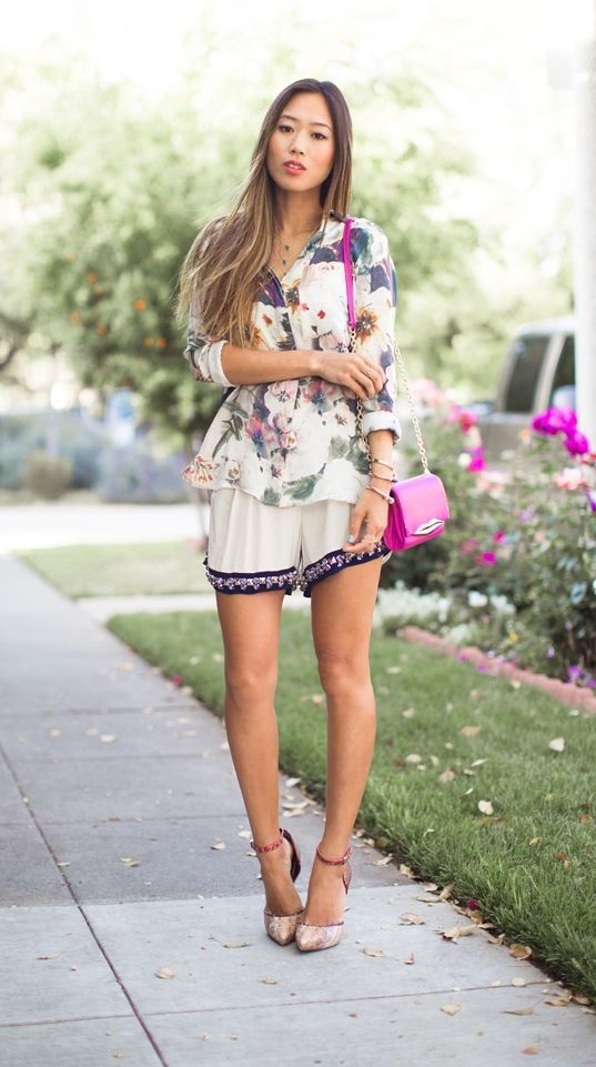 "Foto: Reprodução / <a href=""http://www.songofstyle.com/2013/05/florals-and-embellishments.html"" target=""_blank"">Song of Style</a>"