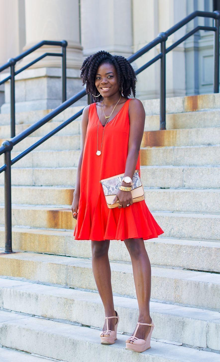 "Foto: Reprodução / <a href=""http://www.simplycyn.com/my-outfits/happy-monday-orange-is-new-black/"" target=""_blank"">Simply Cyn</a>"