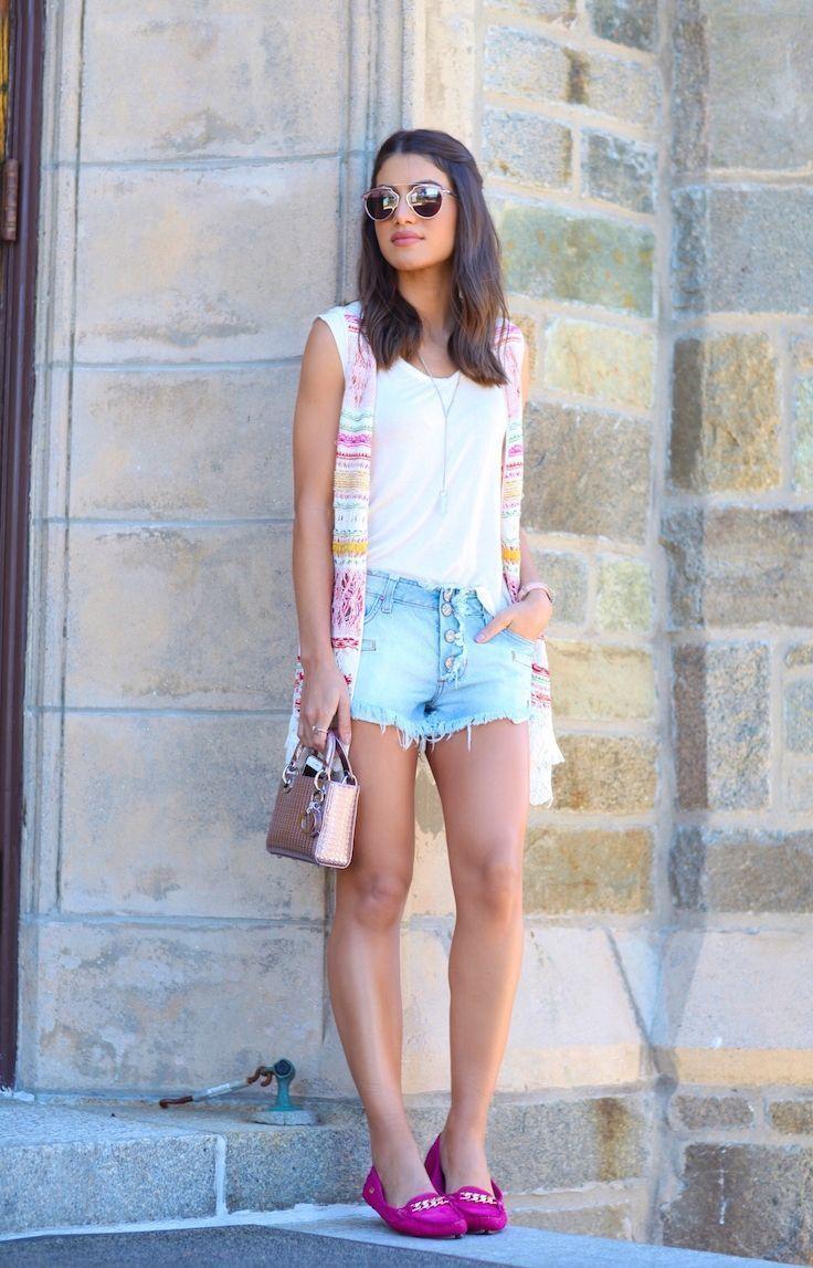 """Foto: Reprodução / <a href=""""http://camilacoelho.com/2015/09/22/look-do-dia-relax-de-flats/"""" target=""""_blank"""">Camila Coelho</a>"""