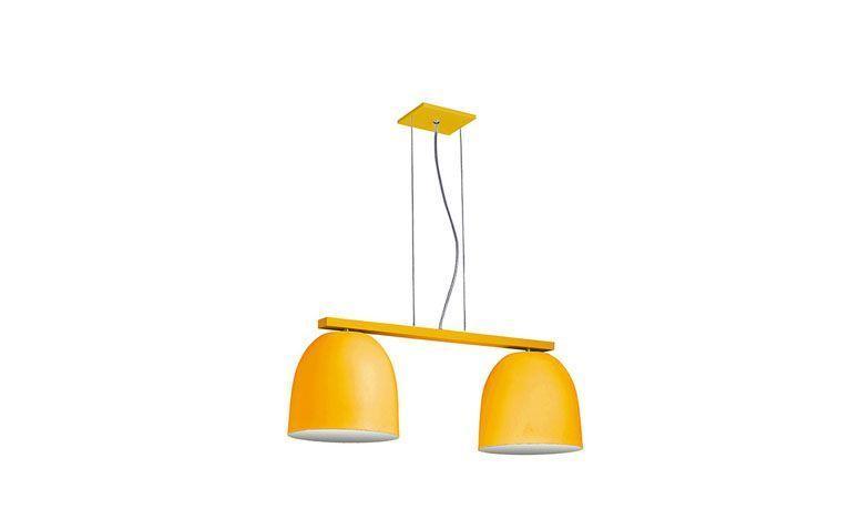 "Pendente duplo amarelo por R$365,49 na <a href=""http://www.submarino.com.br/produto/124818939/pendente-6023-redondo-medio-duplo-26x28x76cm-amarelo-pantojaecarmona"" target=""blank_"">Submarino</a>"