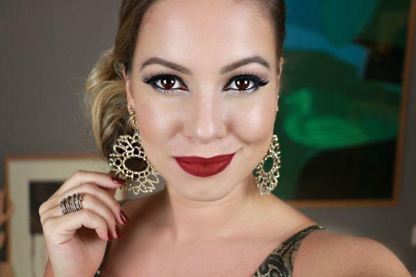 """Foto: Reprodução / <a href=""""http://www.julianagoes.com.br/post/se-arrrume-comigo-baile-da-cidade/509"""" target=""""_blank"""">Juliana Goes</a>"""