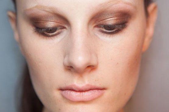 5 Maquiagem metalizada para o verão