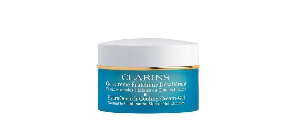 <p>O Hydra Quench Cooling Cream Gel – Clarins (R$198) é um gel-creme para peles normais e mistas que age como um controle climático para garantir que sua pele fique hidratada e com um efeito mate o dia todo. Com uma textura leve, este é o hidratante ideal para qualquer pessoa cuja pele sente os efeitos dos fatores ambientais como a poluição, por exemplo.</p>