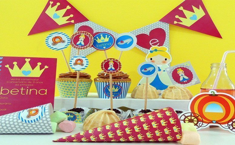 "Kit de festa por R$59 na <a href=""http://www.elo7.com.br/kit-festa-cinderela/dp/369137#bn=1"" target=""blank_"">Elo 7</a>"