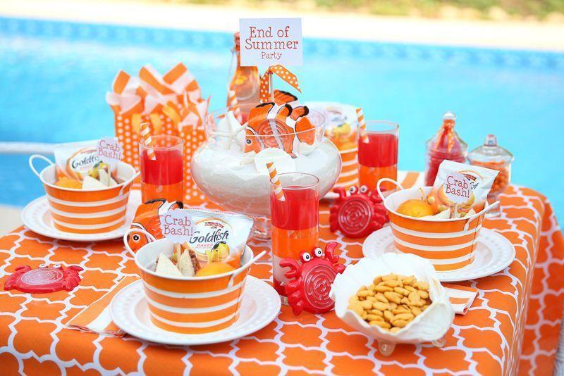"""Foto: Reprodução / <a href=""""http://pizzazzerie.com/parties/childrens-parties/orange-white-kids-crab-bash-party/"""" target=""""_blank"""">Pizzazzerie</a>"""