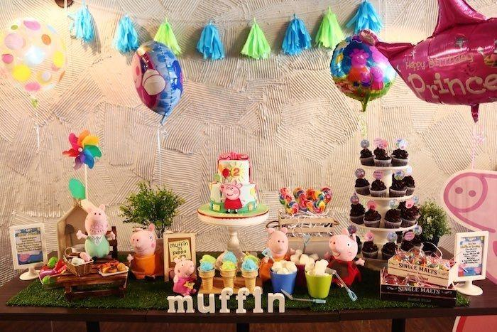 "Foto: Reprodução / <a href=""http://www.karaspartyideas.com/2015/07/peppa-pig-2nd-birthday-party.html"" target=""_blank"">Kara's Party Ideas</a>"