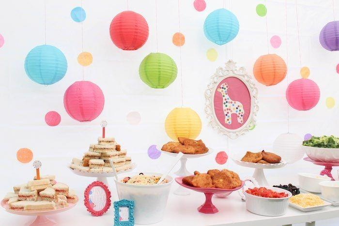"Foto: Reprodução / <a href=""http://www.karaspartyideas.com/2015/07/circus-animal-cookie-inspired-1st-birthday-party.html"" target=""_blank"">Kara's Party Ideas</a>"