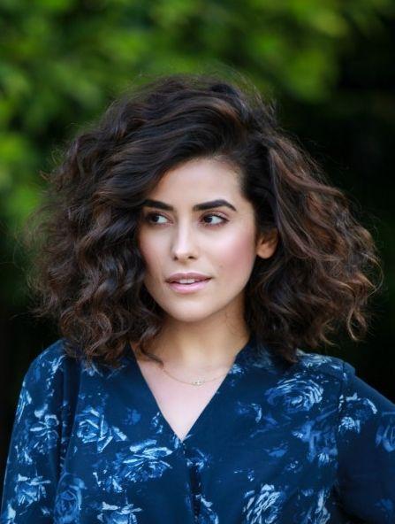 "Foto: Reprodução / <a href=""http://sazan.me/blog/2015/12/17/curly-hair-routine/"" target=""_blank"">Sazan</a>"