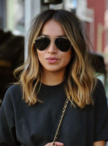 "Foto: Reprodução / <a href=""http://sincerelyjules.com/2015/03/vintage-chanel-255-2.html"" target=""_blank"">Sincerely Jules</a>"