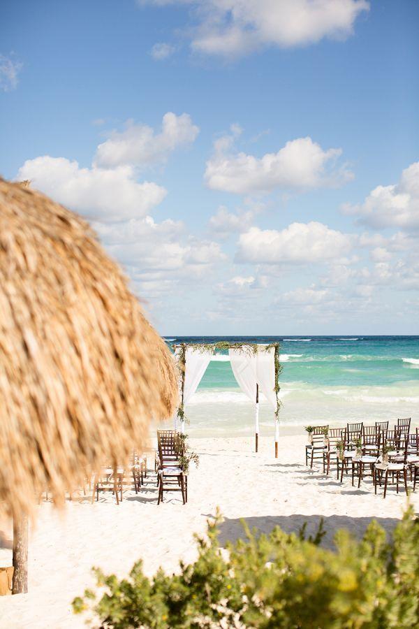"Foto: Reprodução / <a href=""http://www.stylemepretty.com/destination-weddings/2015/05/08/destination-tulum-mexico-beach-wedding/"" target=""_blank"">Style me pretty</a>"