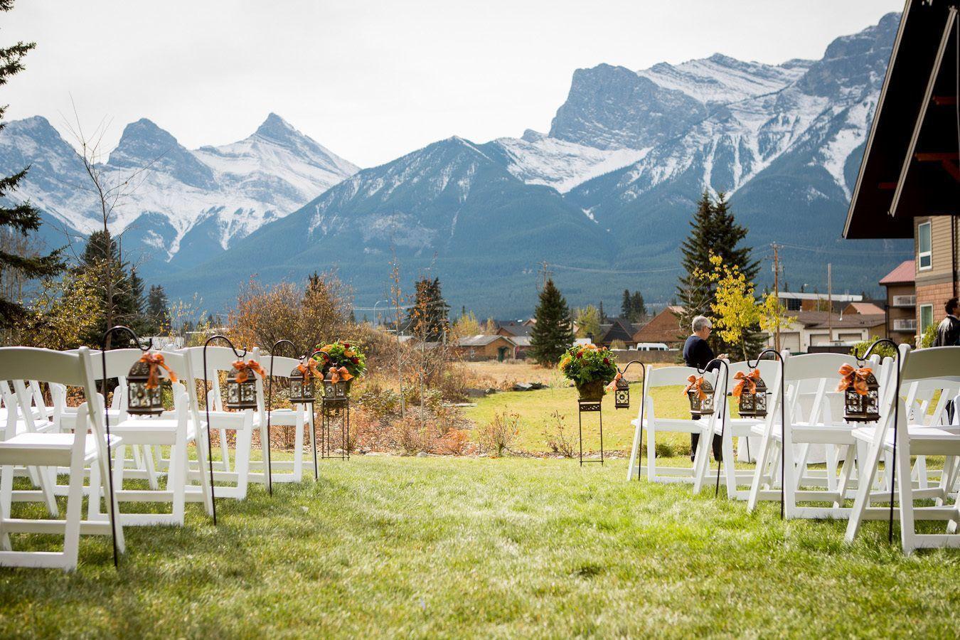 "Foto: Reprodução / <a href=""http://www.stylemepretty.com/canada-weddings/2014/02/19/grande-rockie-resort-fall-wedding/"" target=""_blank"">Style me pretty</a>"