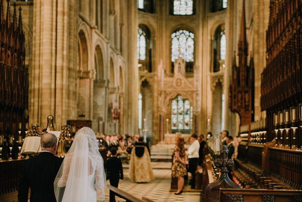 "Foto: Reprodução / <a href=""http://www.modernvintageweddings.com/2015/01/05/katie-ben-misty-autumnal-wedding-in-england/"" target=""_blank"">Modern vintage weddings</a>"