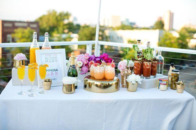 "Foto: Reprodução / <a href=""http://greenweddingshoes.com/bright-playful-breakfast-wedding-inspiration/"" target=""_blank"">Green wedding shoes</a>"