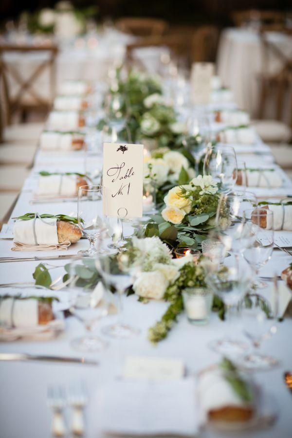 "Foto: Reprodução / <a href=""http://www.stylemepretty.com/california-weddings/2014/12/22/timeless-summer-wedding-at-firestone-vineyards/"" target=""_blank"">Style me pretty</a>"