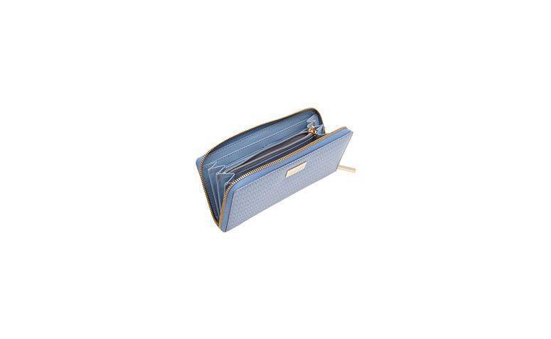 "Carteira azul serenity por R$320,00 na <a href=""https://www.oqvestir.com.br/carteira-serenity-azul.html "" target=""blank_"">Oqvestir</a>"