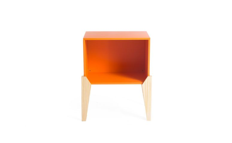 "Módulo cubo por R$ 279,00 na <a href=""http://ad.zanox.com/ppc/?29470443C69044588&ULP=[[http://www.oppa.com.br/modulo-cubo-grupo-69x57-laranja?utm_source=zanox&utm_medium=afiliados&utm_campaign=deeplink]]"" rel=""nofollow"" target=""_blank"">Oppa</a>"