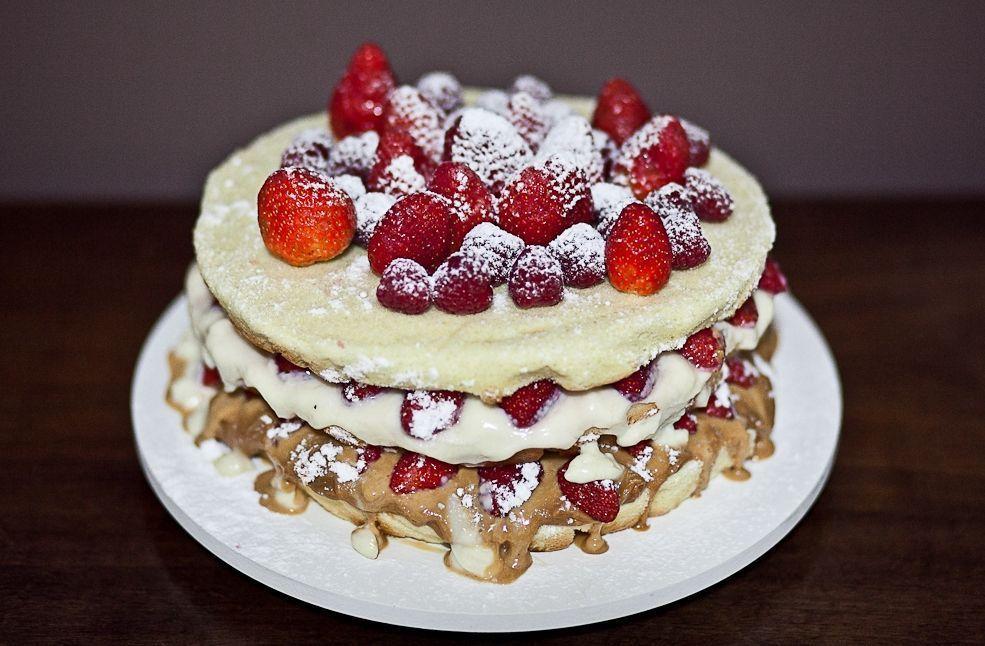 """Foto: Reprodução / <a href=""""http://www.blogdacarina.com.br/tag/naked-cake/"""" target=""""_blank"""">Blog da Carina</a>"""