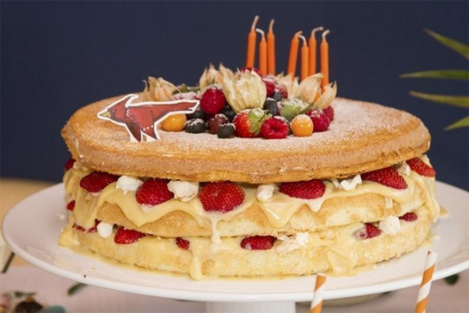 "Foto: Reprodução / <a href=""http://www.ladecasa.blog.br/naked-cake/"" target=""_blank"">Lá de Casa</a>"