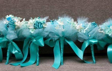 "Foto: Reprodução / <a href=""http://www.theknot.com/weddings/photo/tiffany-blue-bouquets-102401"" target=""_blank"">The Knot</a>"