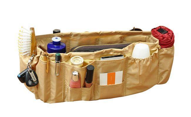 "Organizador de Bolsa - Clean Bege por R$39,80 na <a href=""http://www.organizato.com.br/departamento/armarios-e-closets/organizadores-de-bolsa-29/organizador-de-bolsa-clean-bege-108"" target=""_blank"">Organizato</a>"